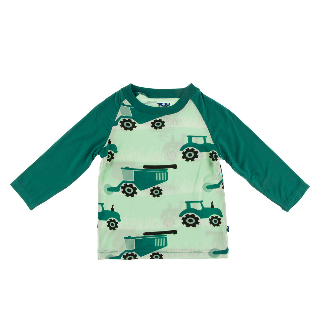 Print Long Sleeve Easy Fit Crew Neck Raglan Tee in Pistachio Tractors