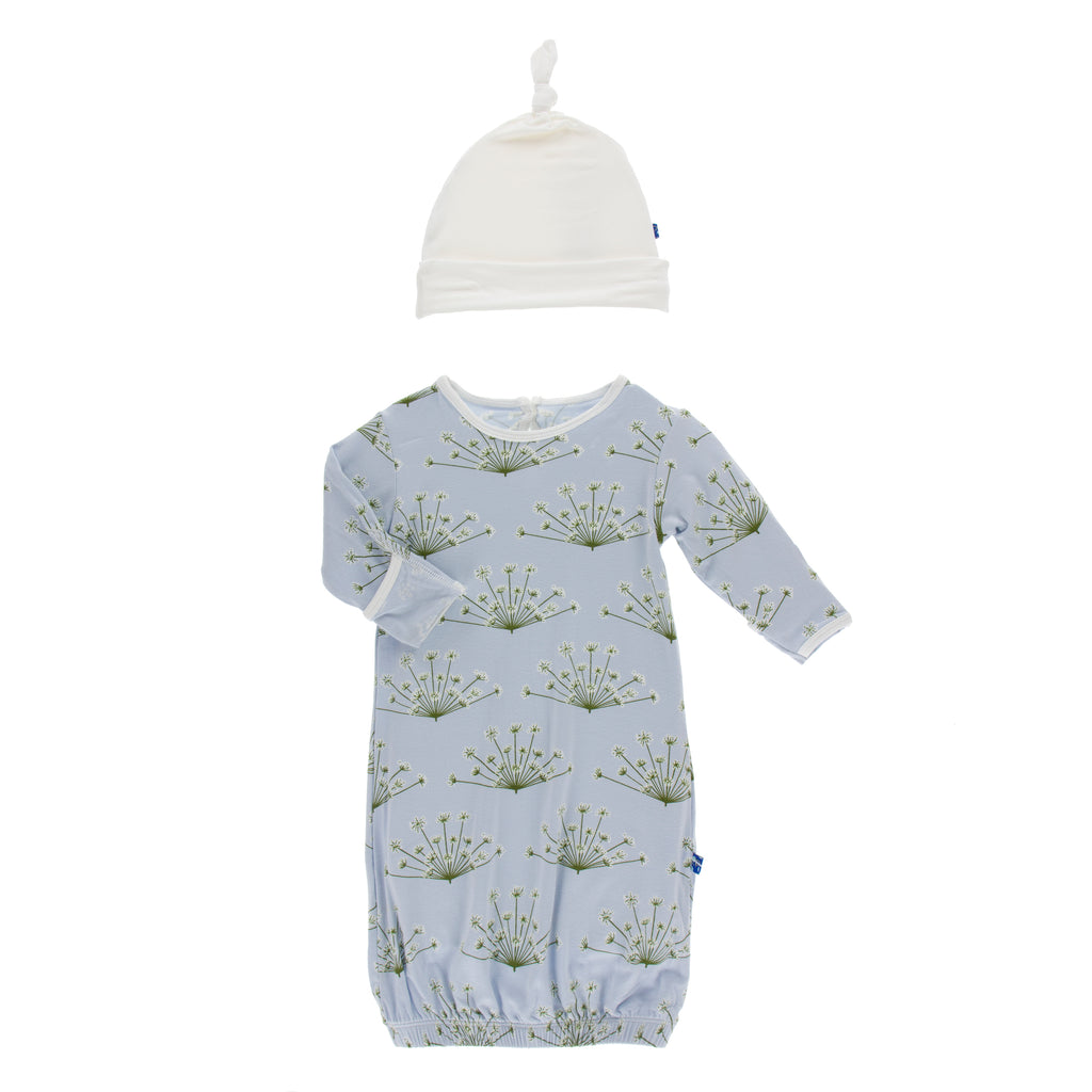 Print Gown and Single Knot Hat Set in Dew Dill (0-3M)