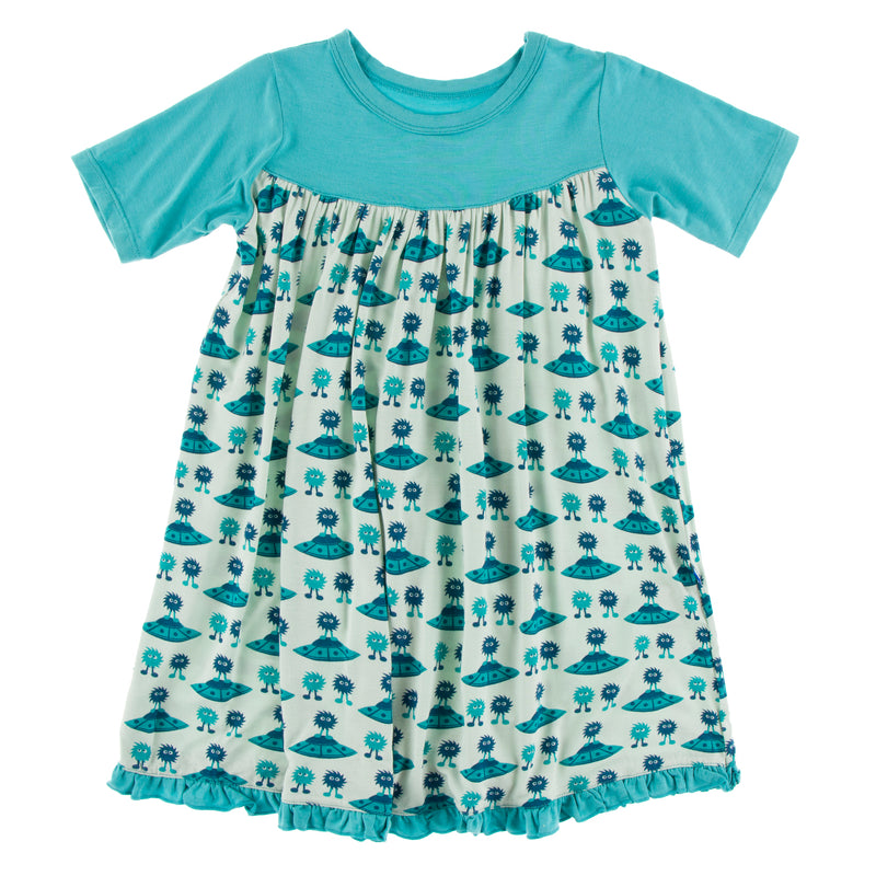 Print Classic Short Sleeve Swing Dress in Aloe Aliens with Flying Saucers (18-24M)
