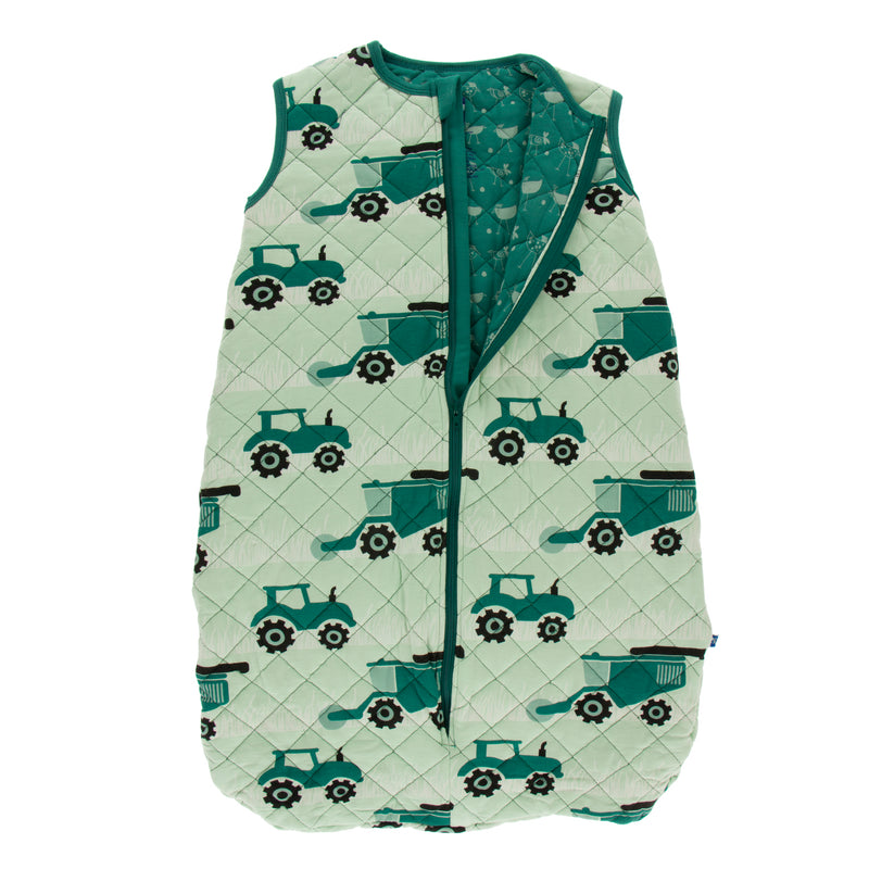 Print Quilted Sleeping Bag in Pistachio Tractors and Wheat/Ivy Chickens (6-18M)