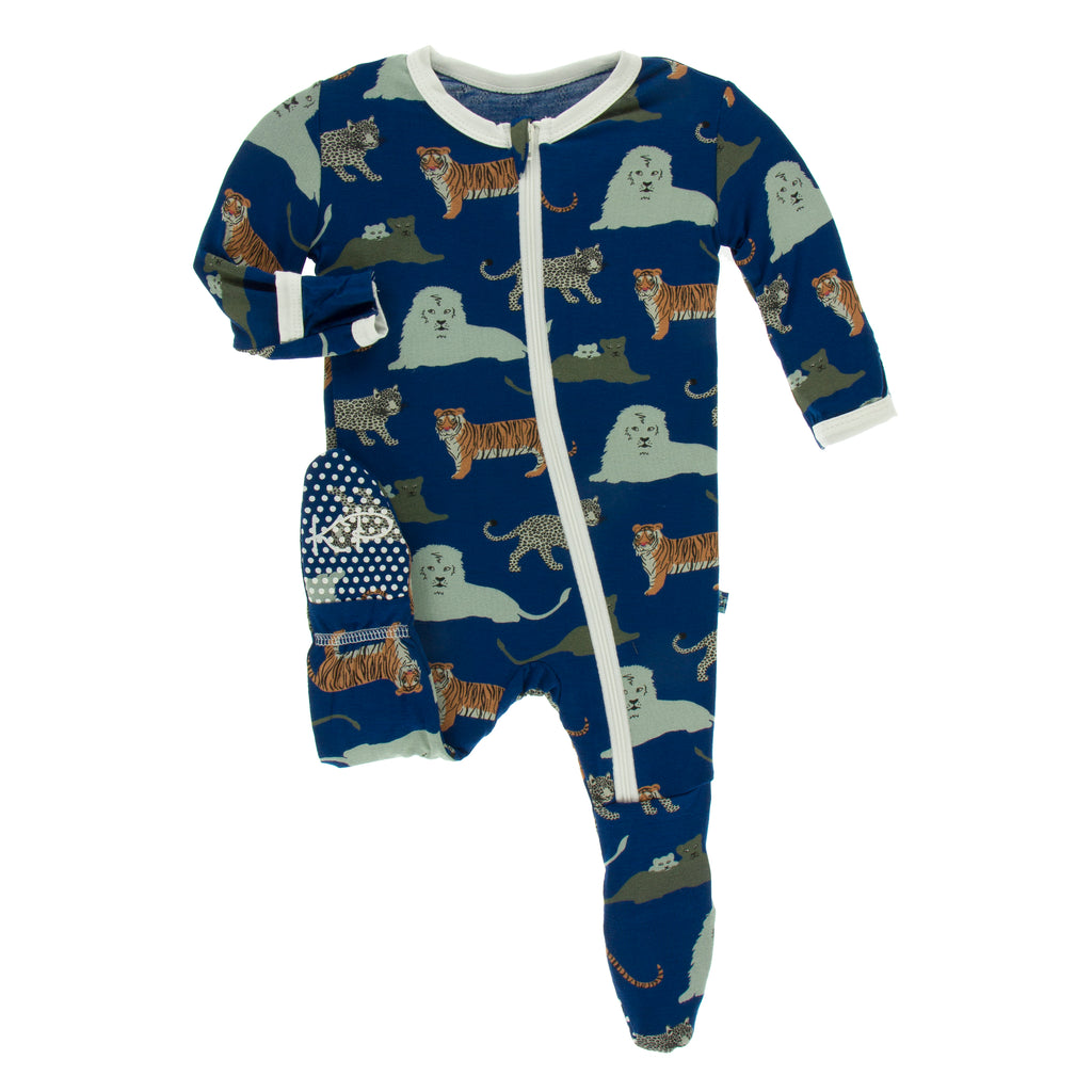 Print Footie with Zipper in Flag Blue Big Cats