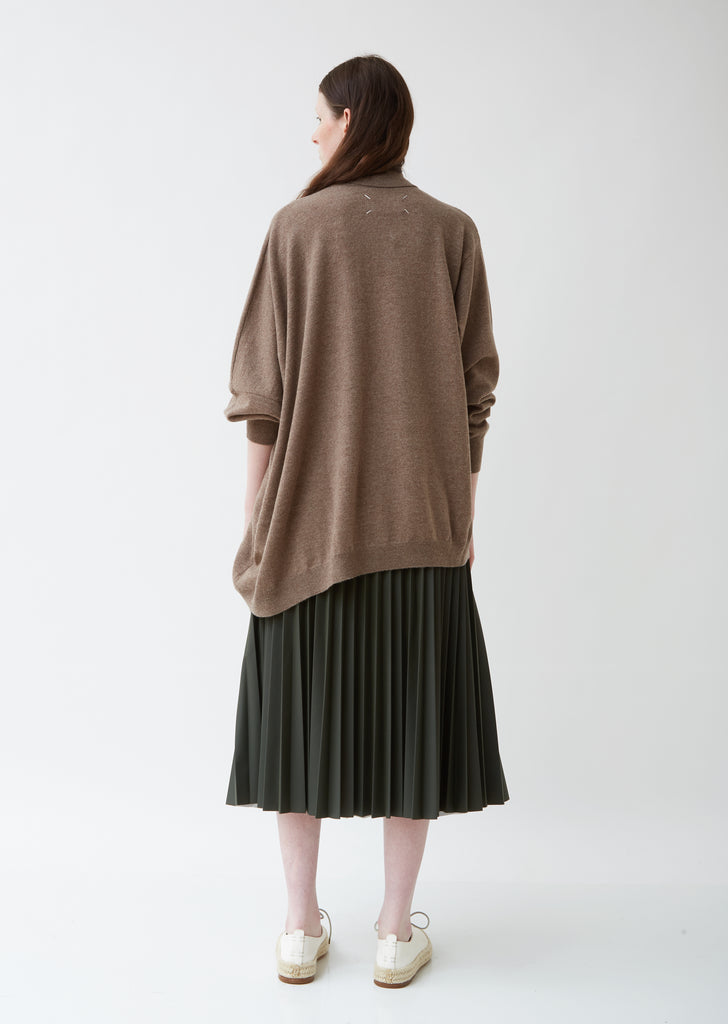 Gauge 12/Distorted Basic Sweater