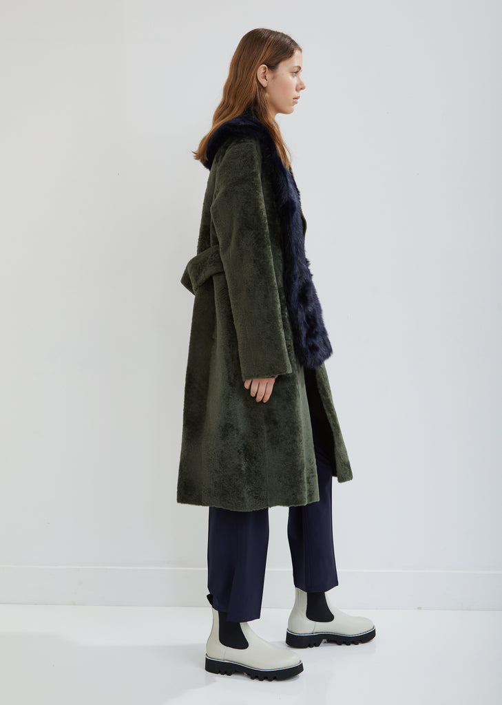 Lust Shearling Coat with Detachable Fur Collar