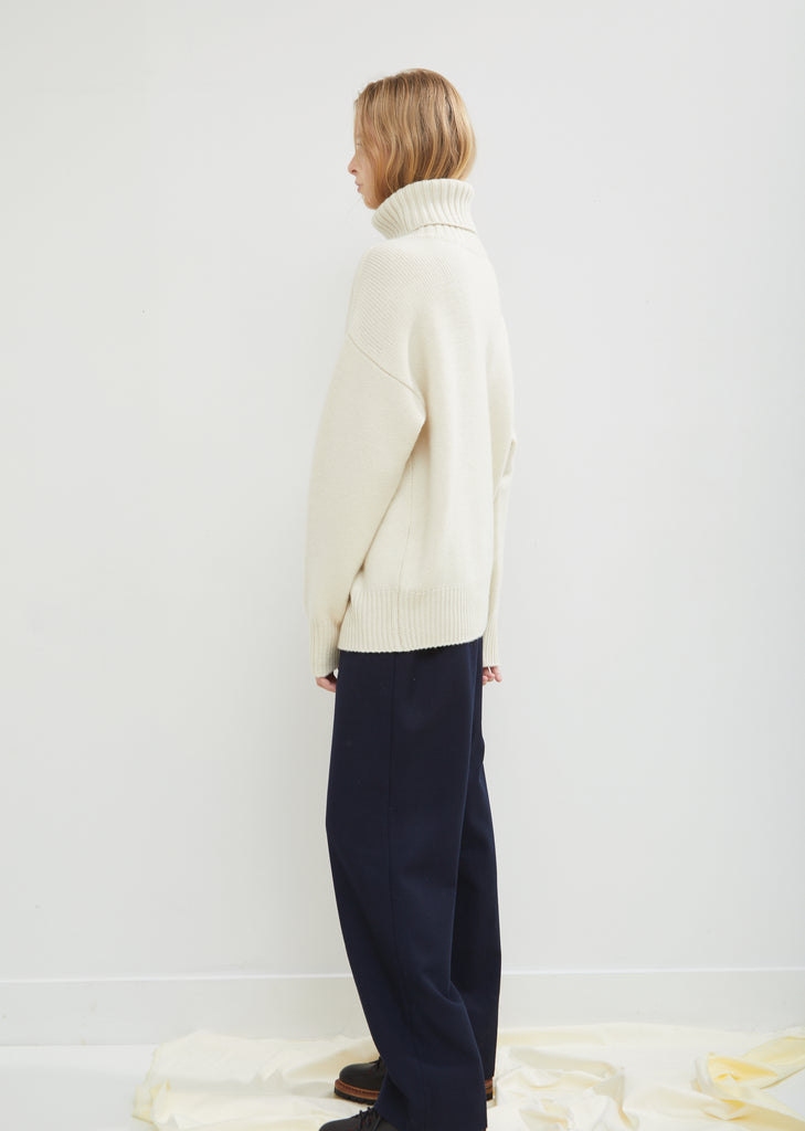 Oversize Xtra Cashmere Roll Neck Sweater