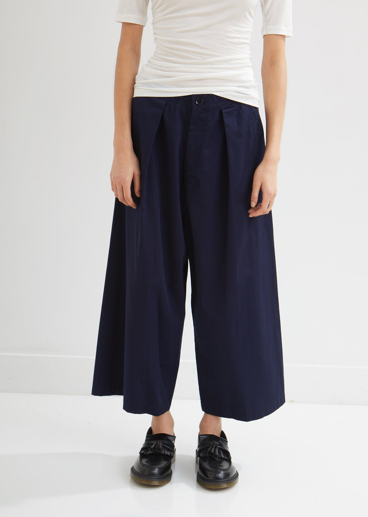 Front Tuck Wide Leg Pants
