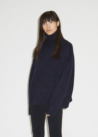 Pheliana Cashmere Turtleneck