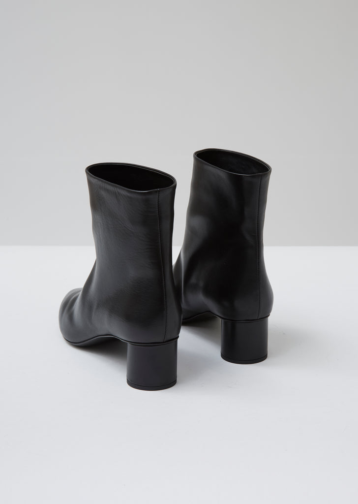 Black Pull On Ankle Boot