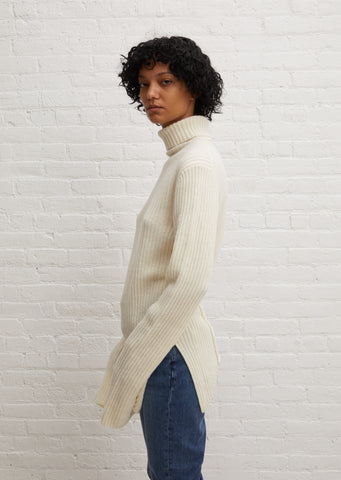 Irek Knitted Turtleneck — Ivory