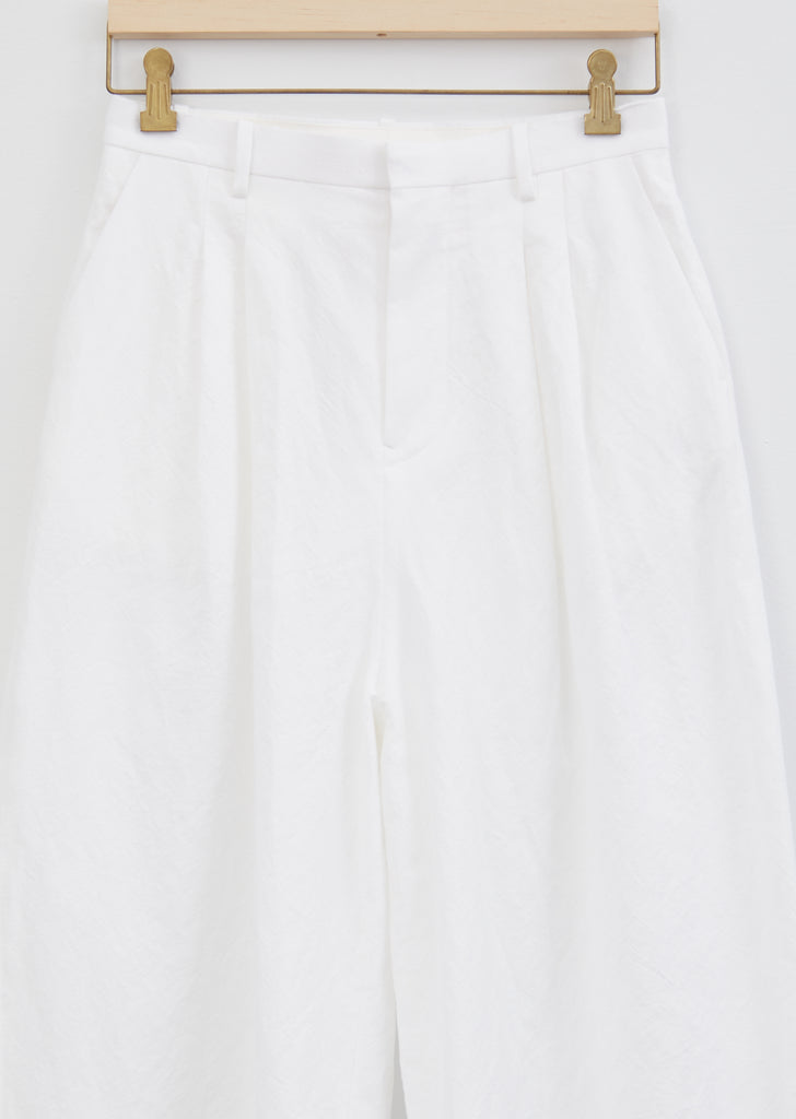 Kivi Cotton and Linen Trouser — White