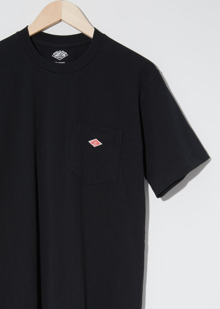 Unisex Pocket T-Shirt — Black