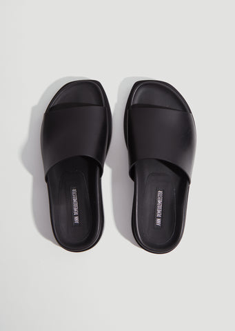 Structured Leather Slides