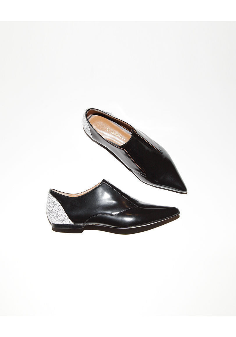 Nancy Oxford Flat