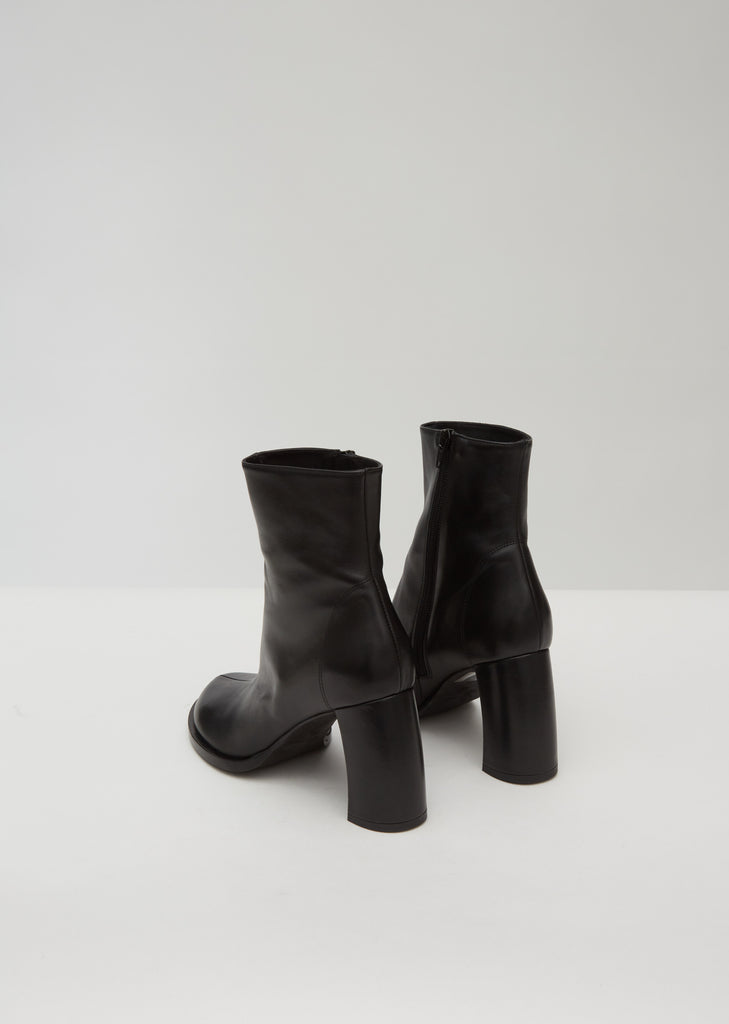 Curved Heel Leather Ankle Boots