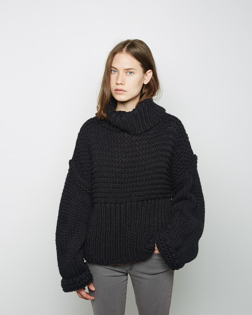 Gaja Turtleneck