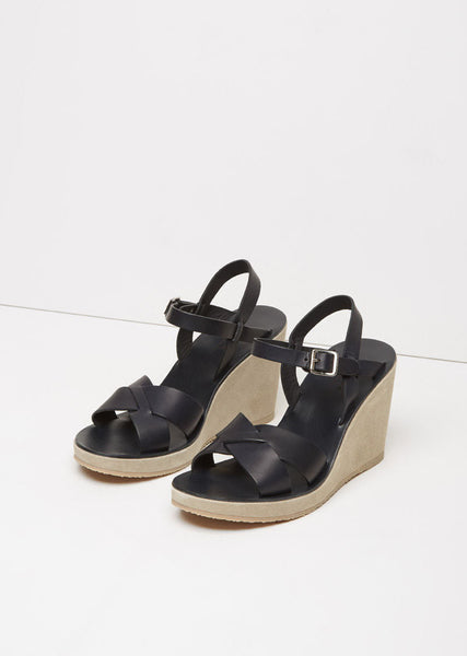 A.P.C. Juliette Wedge La Garconne