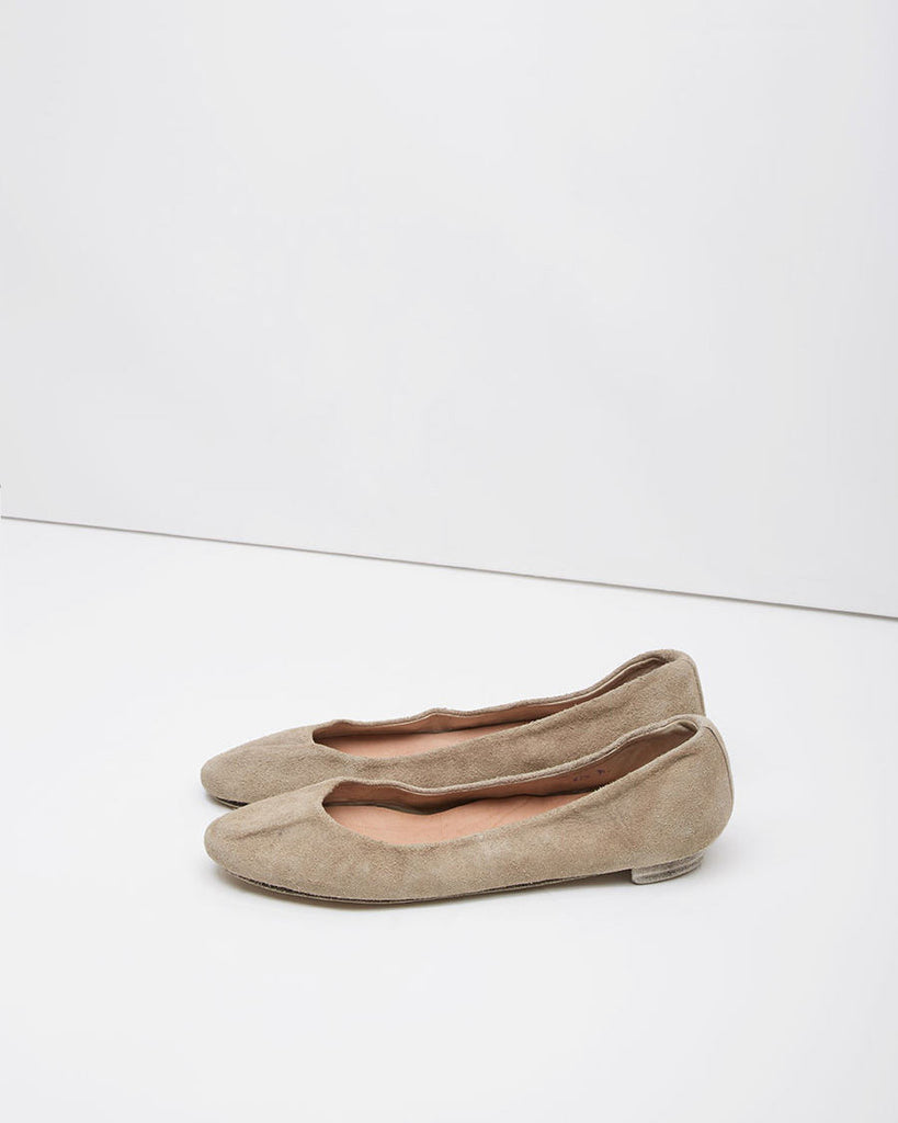Distressed Ballet Flat