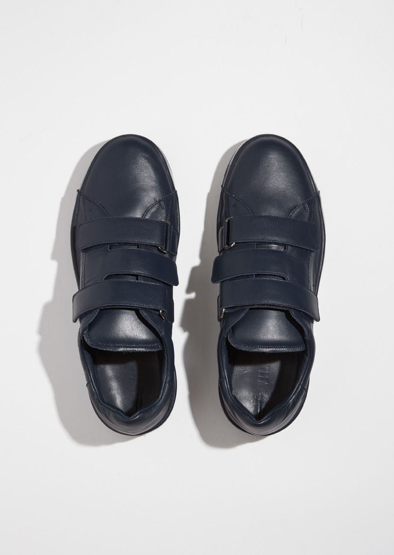 Sneaker With Velcro