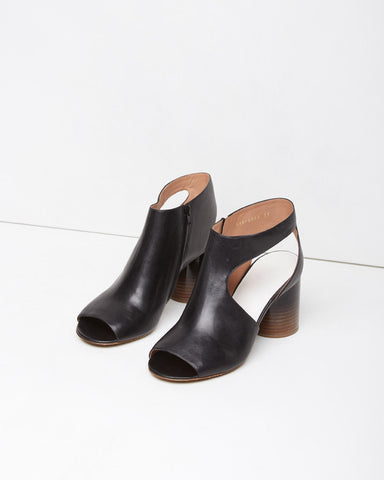 Cylindrical Heel Cut-Out Boot