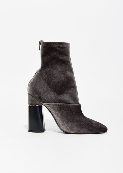 Kyoto Stretch Velvet Boot