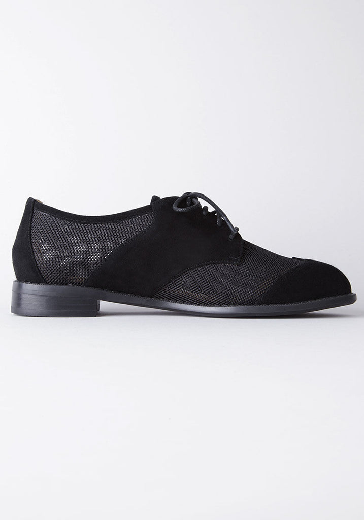Mesh Saddle Shoe