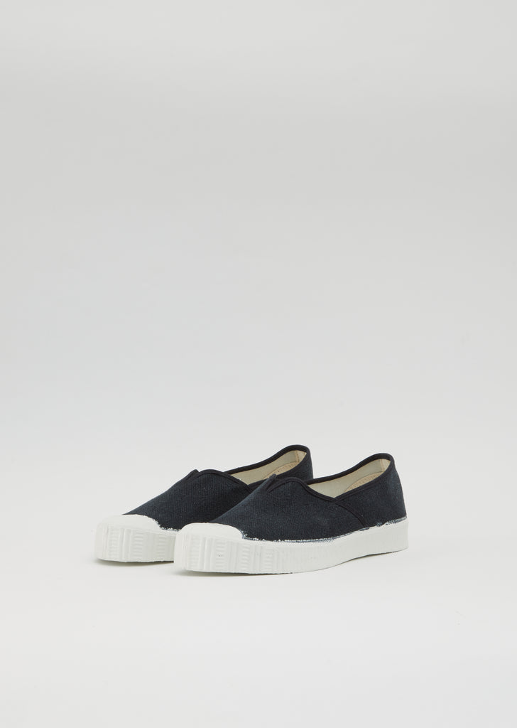 Special V Slip On — Black