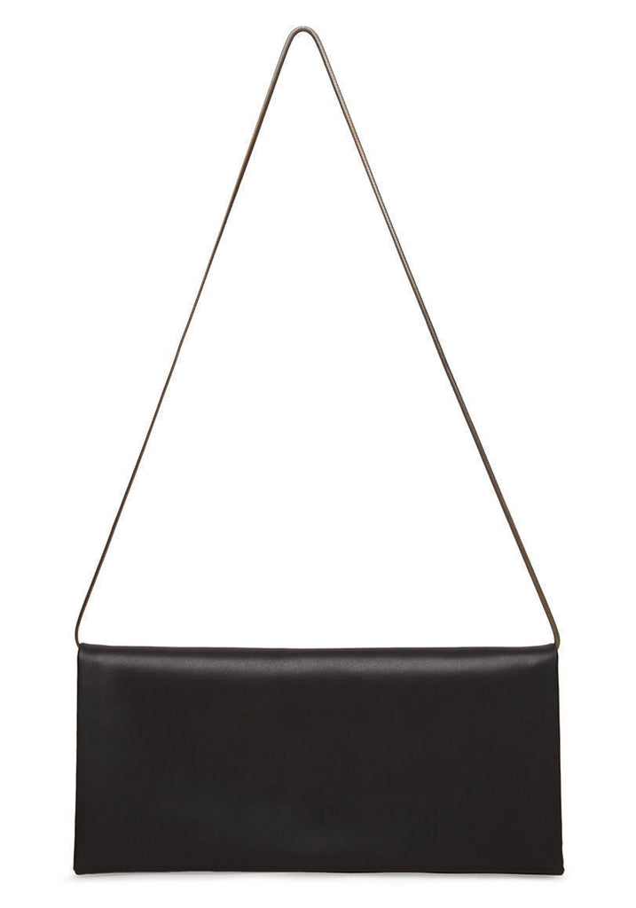 Pleat Clutch w/ Chain