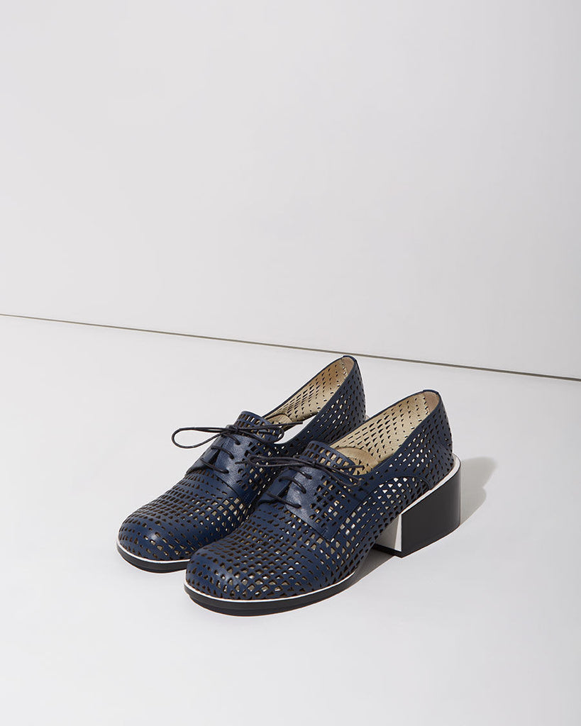 Laser Cut Heeled Oxford