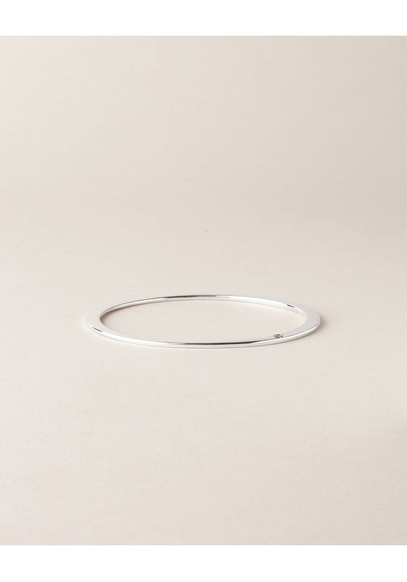 Silver Oval Bangle with Cognac Diamond