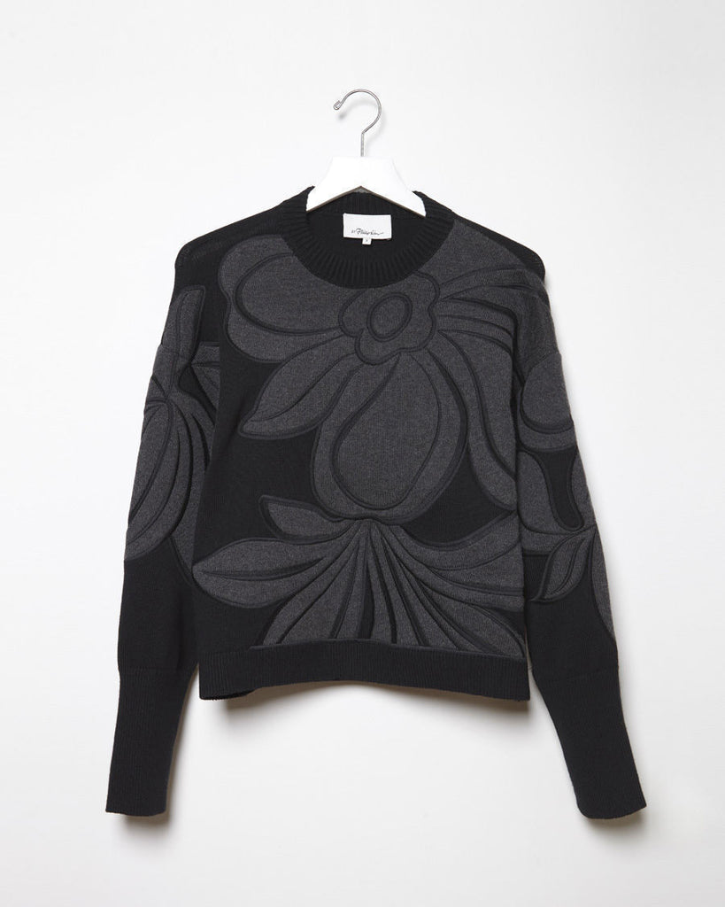 Floral Embroidered Long Sleeve Pullover