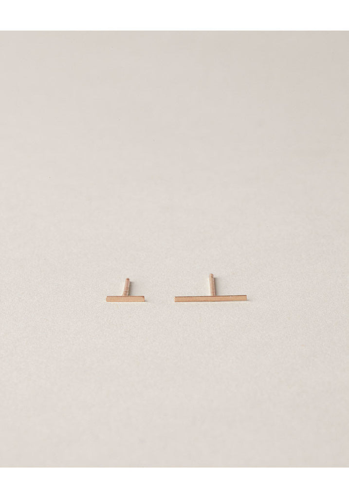 Rose Gold Staple Earring