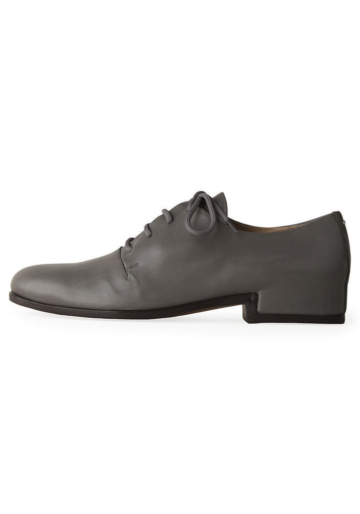 Covered-Heel Oxford