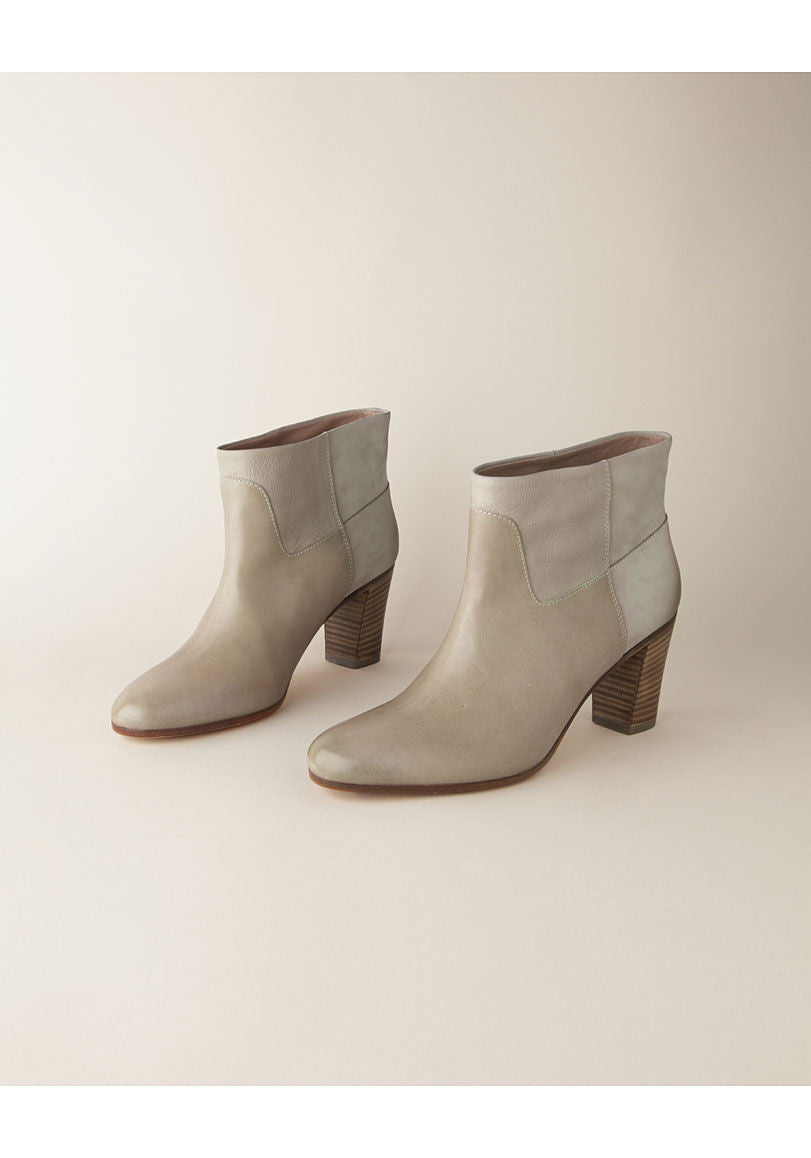 Seamed Boot