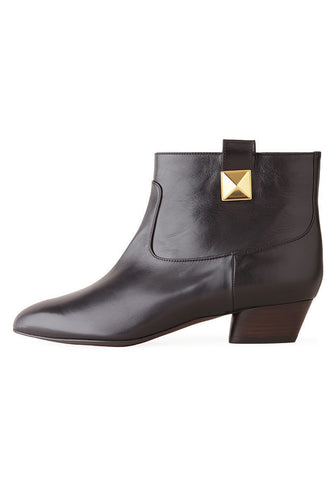 Ankle boot with Stud