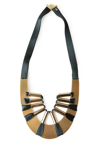 Jabot D'or Necklace