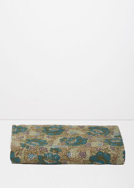 Auntie Oti Small Vintage Throw La Garconne