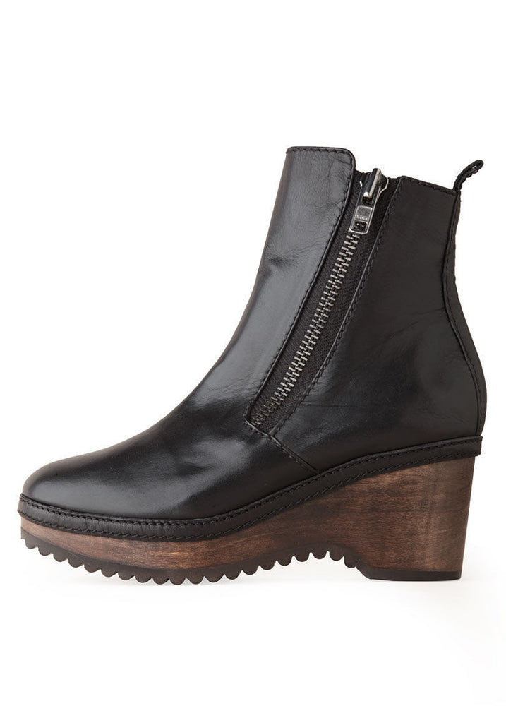 Bettina Zipper Clog Boot