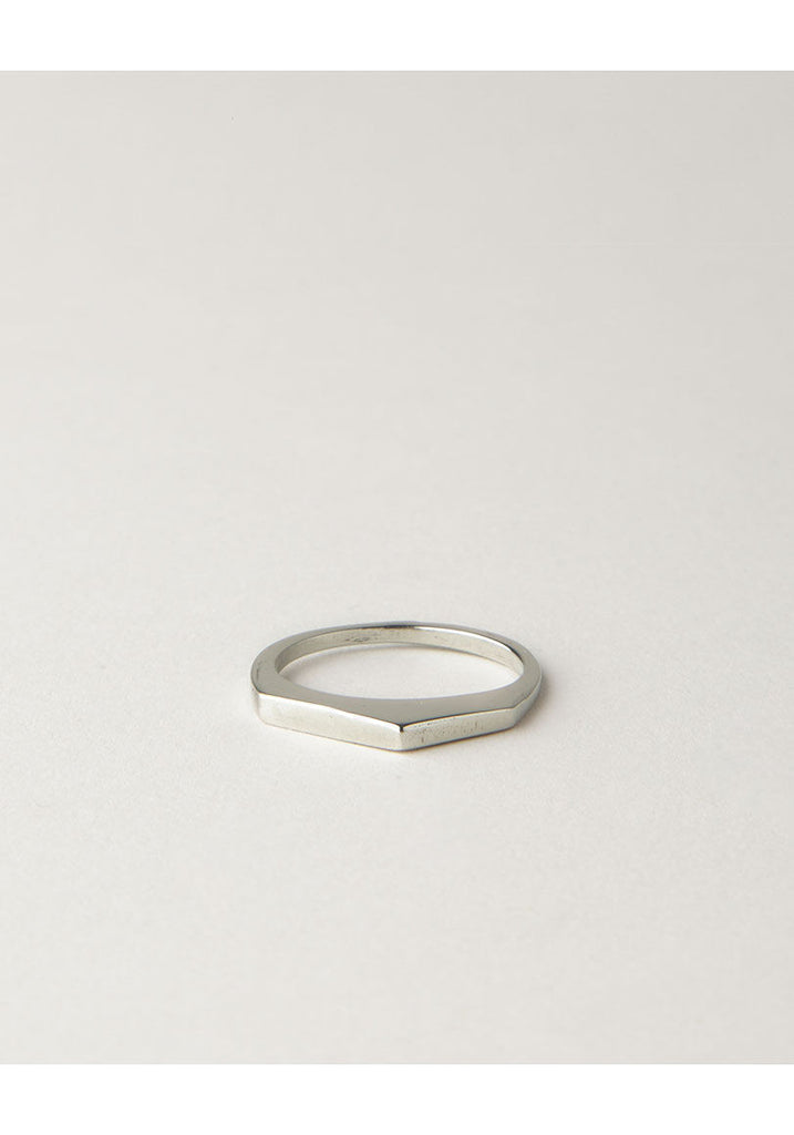 Cutouts Point Ring