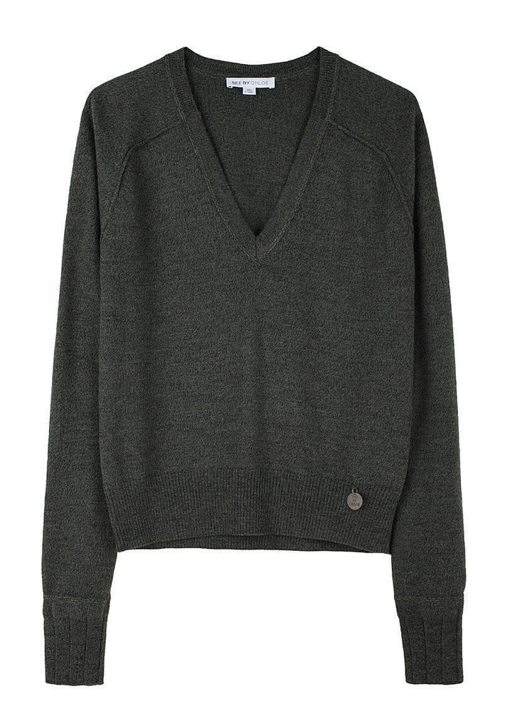 Essential V-Neck Pullover