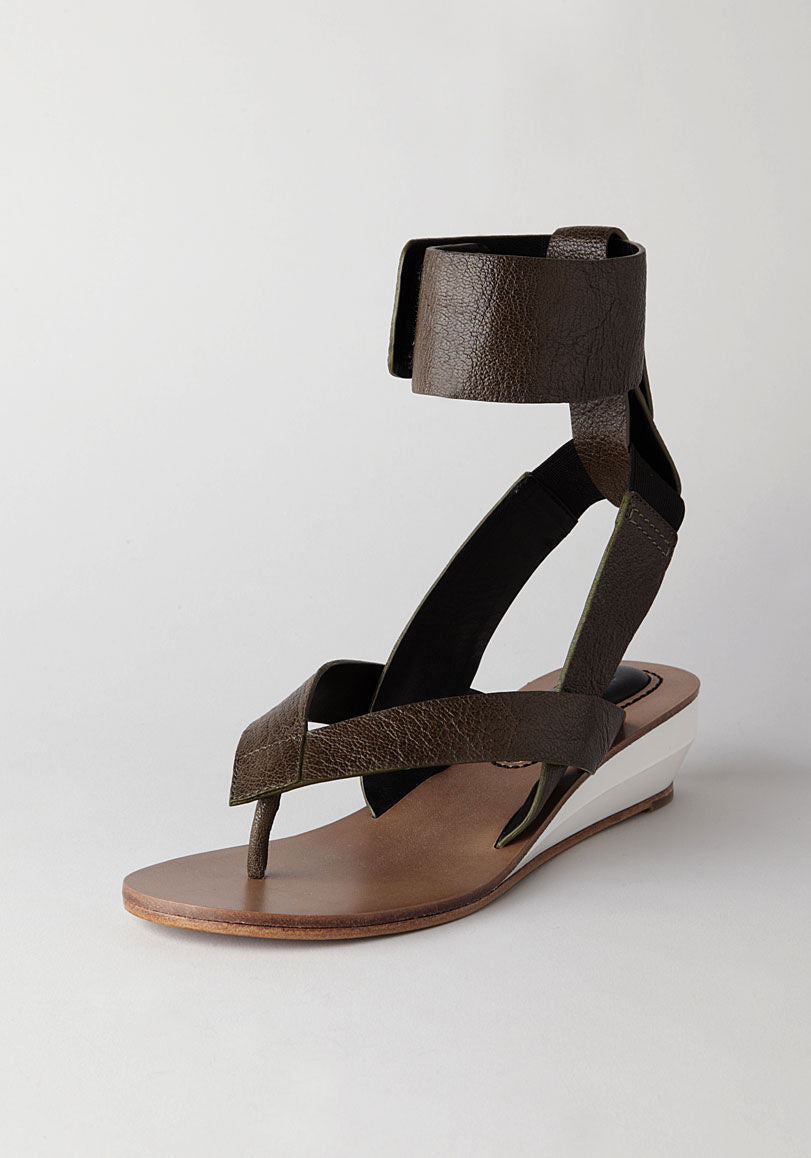 Thong Wedge w/ Ankle Cuff
