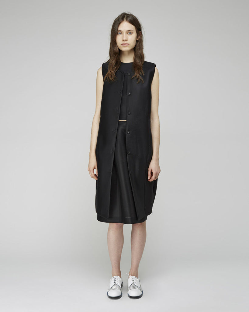 Sleeveless Egg Coat