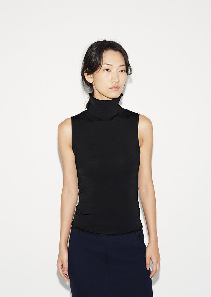Riia Sleeveless Turtleneck