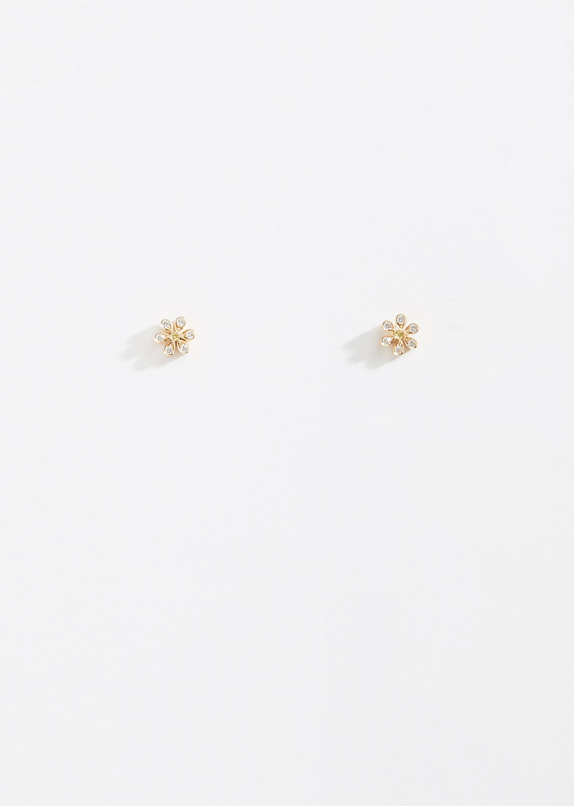 2cbb7a3492ab5 Marguerite Earring Studs - One Size / 18k yellow gold, 0,26 ct, TW.VVS  diamond
