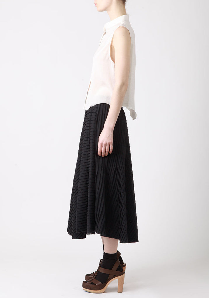 Diagonal Pleat Skirt