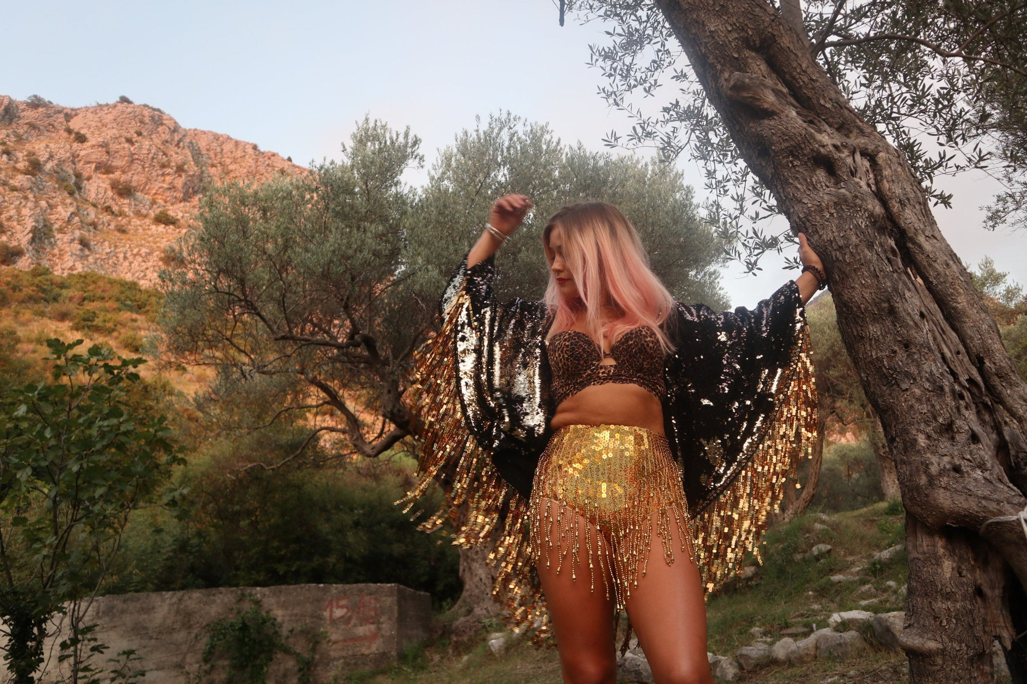 Black and Gold Sequin Kimono
