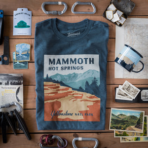 Mammoth Hot Springs t-shirt in navy