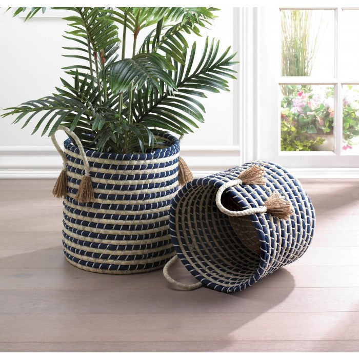 Braided Baskets With Tassels - Giftspiration
