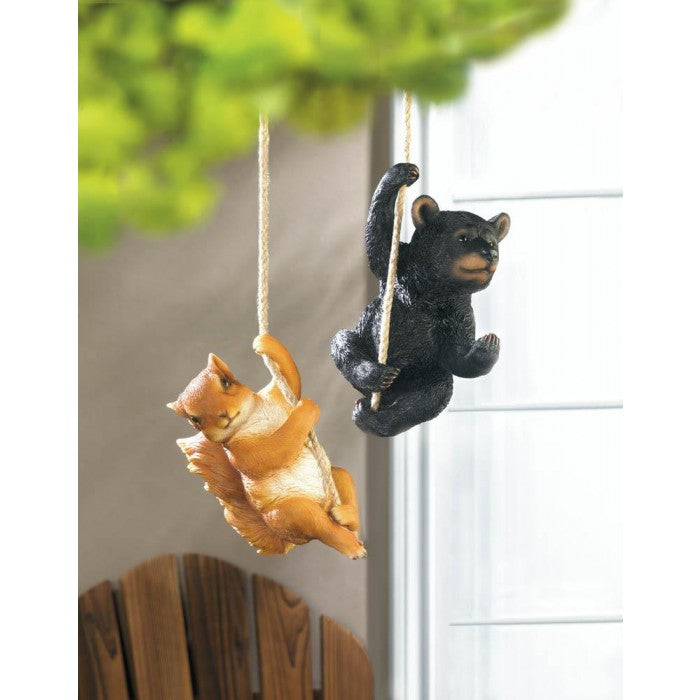 Hanging Squirrel Decor - Giftspiration