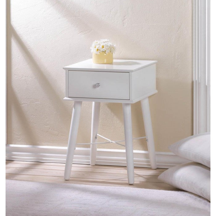 Modern Chic Side Table - Giftspiration