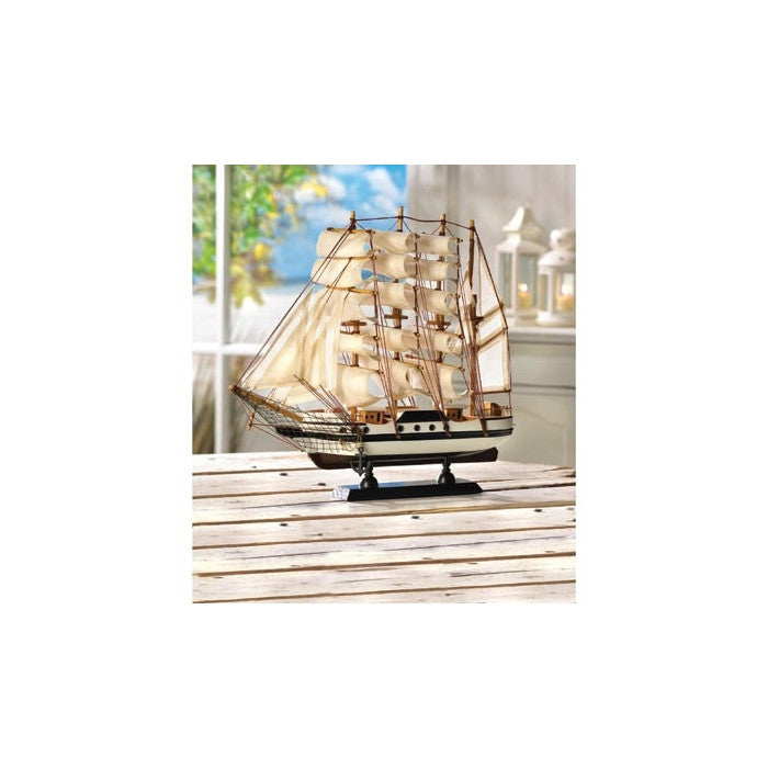 Passat Ship Model - Giftspiration