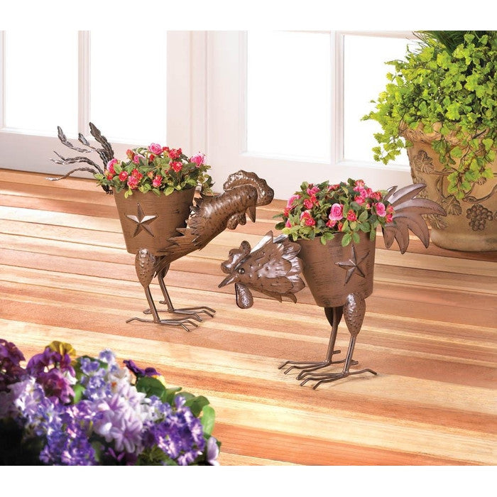 Pecking Rooster Iron Planter - Giftspiration